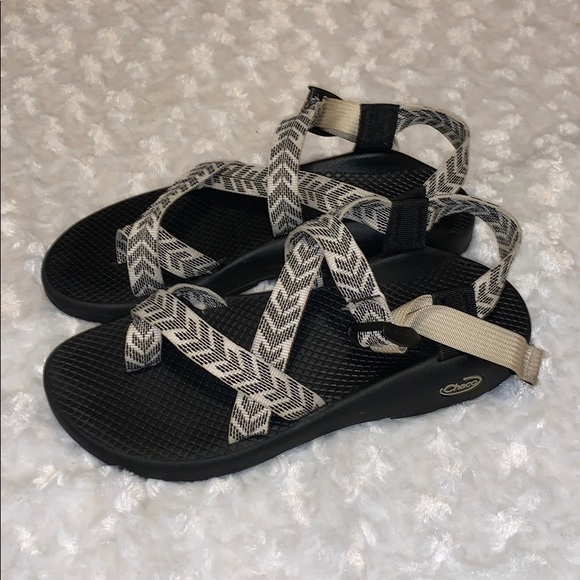Chaco Shoes - Chaco single toe strap size 9